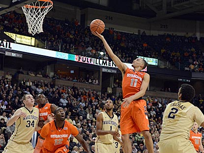 Syracuse guard Tyler Ennis rises up for a layup try during his superb second half.  (USATSI)