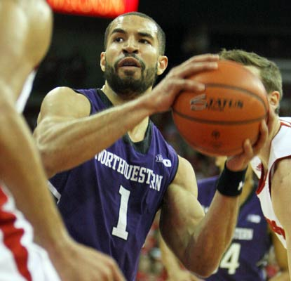 Drew Crawford scores a season-high 30 points to help the Wildcats earn a rare victory in Madison. (USATSI)