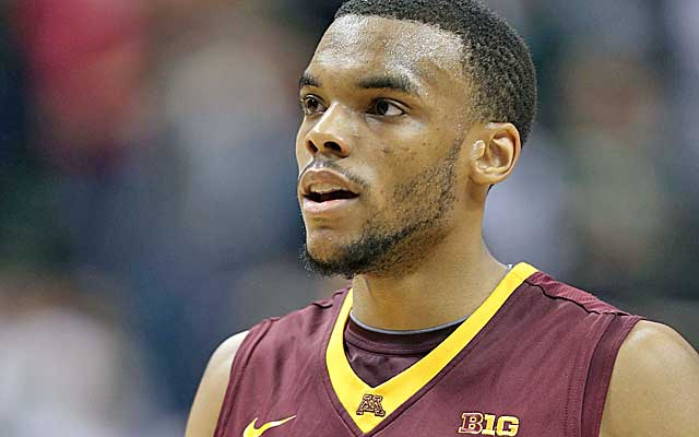 Hollins leads the Gophers in scoring, averaging 15.5 points a game.   (USATSI)
