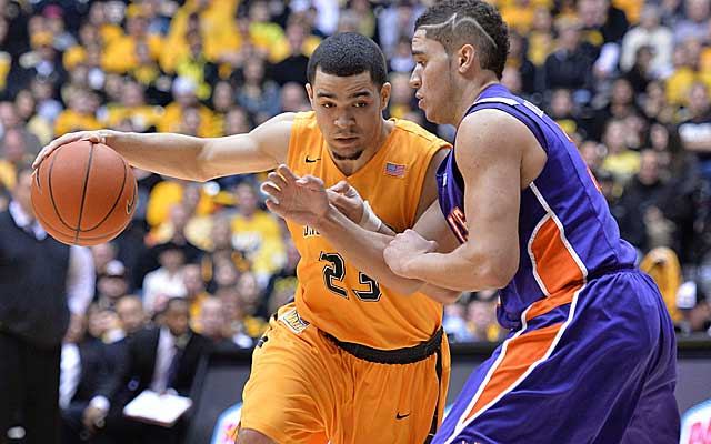 Steady PG Fred Van Vleet keeps a squad that made last year's Final Four on track. (USATSI)