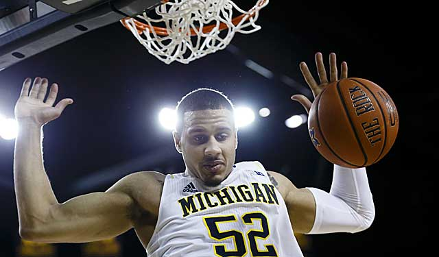 Michigan is a slam-dunk Top 25 team, right? Uh, not if you're John Feinstein (USATSI)