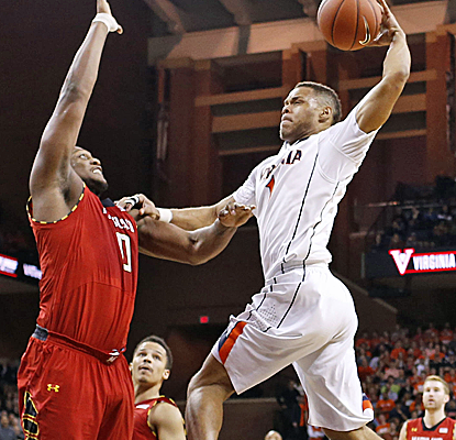 Virginia's Justin Anderson goes to the rim aggressively during No. 17 Virginia's win over Maryland.  (USATSI)