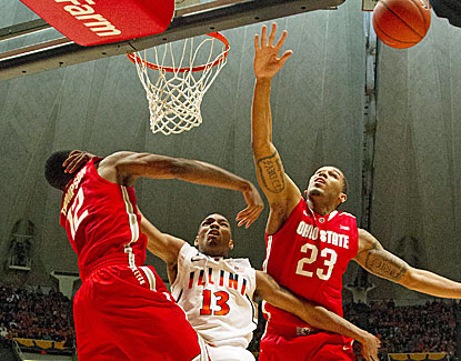 Ohio State holds Illinois to 28.3 percent shooting to grind out a 48-39 road victory. (USATSI)