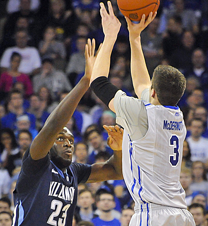 Doug McDermott scores 39 points, passing Larry Bird for 13th on the all-time D-I scoring list.   (Getty Images)