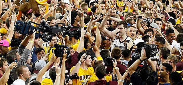 ... but it is OK for Arizona State fans to do the same thing? (USATSI)