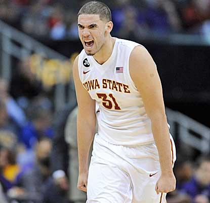 Cyclones forward Georges Niang celebrates after hitting a 3-pointer in the first half. (USATSI)