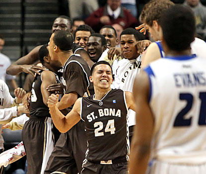 St. Bonaventure celebrates after knocking off defending A-10 tournament champion and top seed Saint Louis.  (Getty Images)