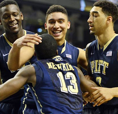 Pittsburgh gets the marquee win it needs by bouncing North Carolina from the ACC tournament.  (USATSI)