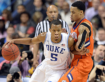 Rodney Hood scores 16 points -- including two crucial free throws -- as Duke moves on at the ACC tournament by beating Clemson. (USATSI)