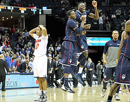 UConn gets past Cincinnati and will play Louisville for the first AAC championship. (USATSI)