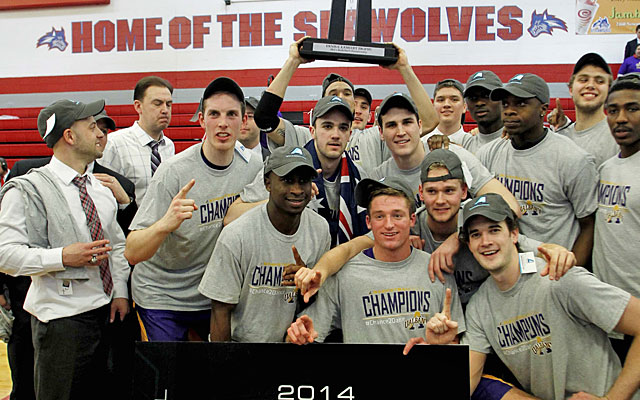 Albany goes into Stony Brook's arena and leaves with the America East title and NCAA automatic bid. (USATSI)