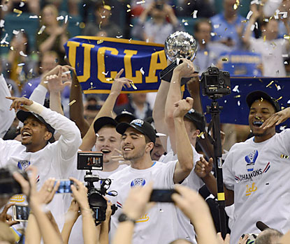 UCLA rejoices after prevailing in a spirited Pac-12 championship game against No. 4 Arizona. (USATSI)