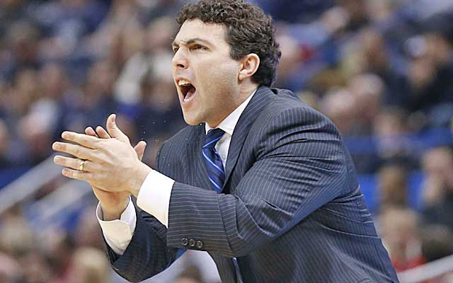Josh Pastner is finding it difficult to follow in the footsteps of John Calipari.   (USATSI)