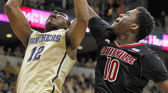 LIVE: No. 10 Louisville in battle at Pitt (CBS)
