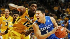 Kentucky stays unbeaten