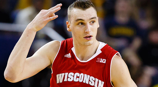 LIVE: No. 5 Wisconsin at upset-minded Iowa