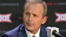 Rick Barnes to coach Vols