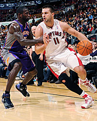 Linas Kleiza will have plenty of opportunities to jack it up in Toronto. (Getty Images)