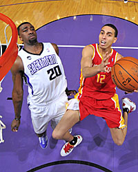 Kevin Martin (12) puts the ball in the hole and will get ample opportunity. (Getty Images)