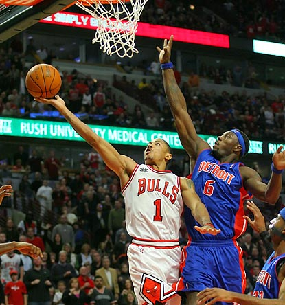 Not even defensive stalwart Ben Wallace can slow down Derrick Rose on one of the biggest nights of his young career.  (US Presswire)
