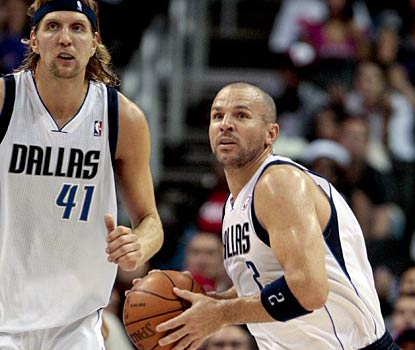Jason Kidd nails a 65-foot shot to end the first half, giving the Mavericks a big boost.  (AP)