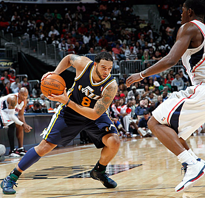 Deron Williams' 24 points and 10 dimes help the Jazz escape with yet another come-from-behind win. (Getty Images)