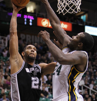 Tim Duncan scores 19, which makes him the Spurs' all-time scoring leader with 20,797 points.  (US Presswire)