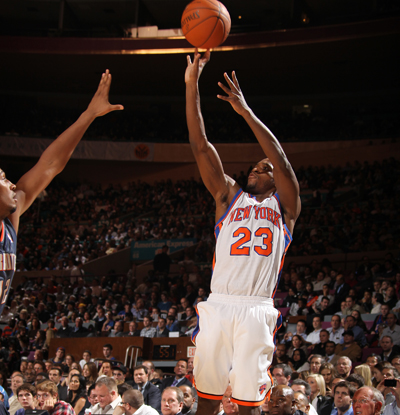 Toney Douglas' smooth stroke nets him 22 during a Knicks victory over the Bobcats.   (Getty Images)