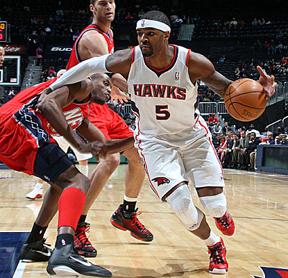 Josh Smith hits for a season-high 34 points Tuesday to keep Hotlanta surging.  (Getty Images)