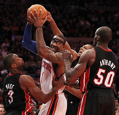 Amar'e Stoudemire scores 24 points, ending his franchise-record streak of nine straight 30-point games. (Getty Images)