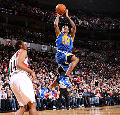Monta Ellis makes plenty of shots, but misses the one that could have won it for Golden State.  (Getty Images)