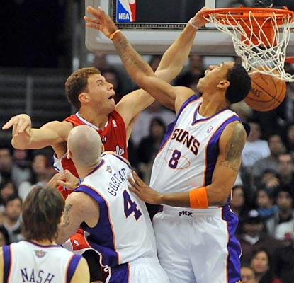 No matter the obstacle, Blake Griffin continues to throw down dunks at a ferocious pace.  (US Presswire)
