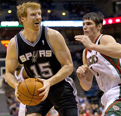 Matt Bonner goes to work in the second half, scoring all of his 17 points after the intermission.  (US Presswire)