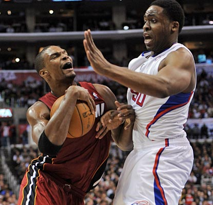 Ike Diogu and the Clippers stop Chris Bosh and the Heat's winning streak of 13 in a row on the road and nine overall.  (Getty Images)