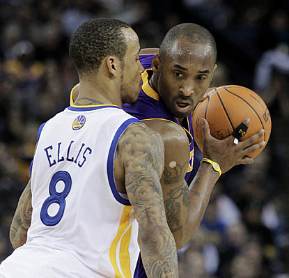 Monta Ellis (38 points) and the Warriors make their presence felt, but Kobe (39 points) and the Lakers are a little bit better. (AP)