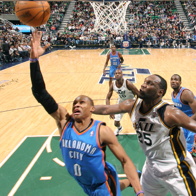 Russell Westbrook scores a team-high 33 points while leading the Thunder to victory over the Jazz.   (Getty Images)