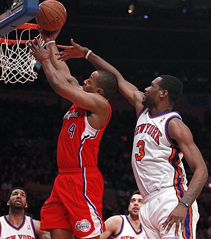 Randy Foye runs circles around Shawne Williams and the Knicks in his 17-point fourth quarter.  (AP)