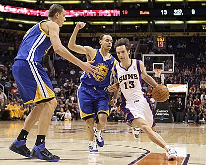Even at age 37, Steve Nash still has what it takes to outmaneuver youngsters like Stephen Curry (rear).  (Getty Images)
