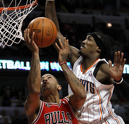 The lethal Derrick Rose torments Gerald Wallace and the Bobcats with an 18-point, 13-assist performance. (AP)