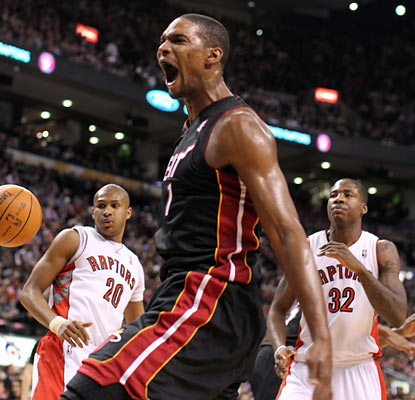 Chris Bosh enjoys his return to Toronto as he scores 25 on the Raptors, who lose for their 17th time in the last 19. (AP)