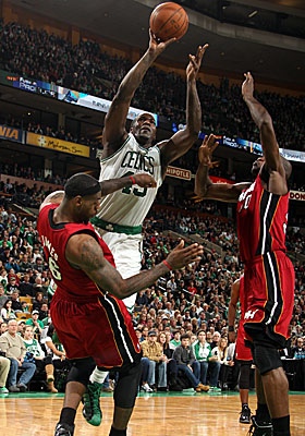 Kendrick Perkins makes a difference in Boston's Feb. 13 tilt with the Heat, scoring 15 in the Celts' 85-82 win. (Getty Images)