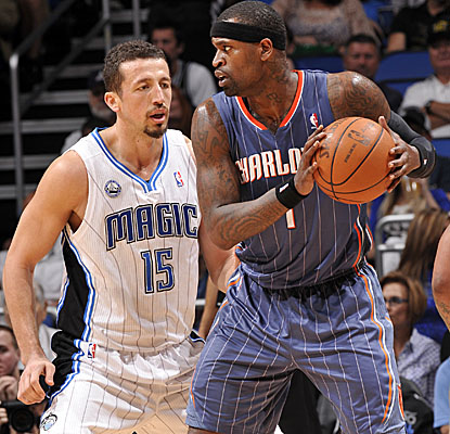 Stephen Jackson looks for an opening Sunday in the Bobcats' loss in Orlando. (Getty Images)