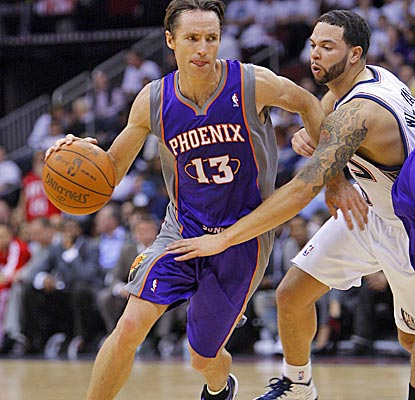 Deron Williams (right) has 13 points and 18 assists, but Steve Nash (10 points, 15 assists) and the Suns get the win. (US Presswire)