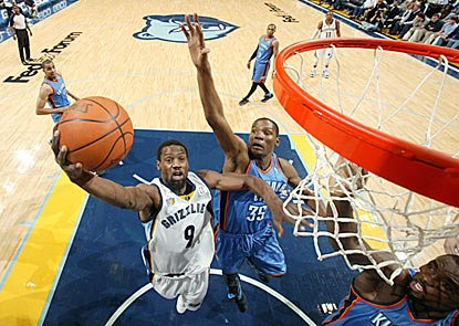 Tony Allen drives past Kevin Durant in helping the emerging Grizzlies earn another victory against a quality team.  (Getty Images)
