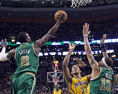 Coming off the bench, Jeff Green scores 13 of his 19 points for Boston in the second quarter. (AP)