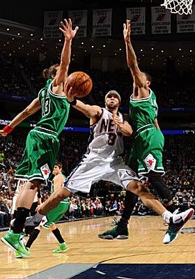 With Deron Williams getting comfortable, the Nets are recent winners of five straight games. (Getty Images)