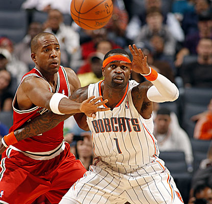 Stephen Jackson, who leads the Bobcats in scoring with 18 points, helps his club squeeze out a narrow victory. (Getty Images)