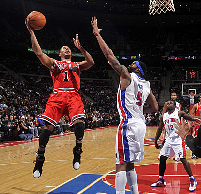 Derrick Rose looks for a fadeaway on his way to 36 points and 10 assists vs. Toronto. (Getty Images)