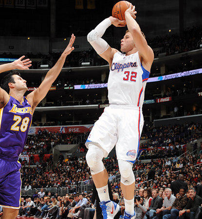 Blake Griffin goes up for two of his game-high 30 points as the Clippers sweep the Lakers in the preseason.  (Getty Images)