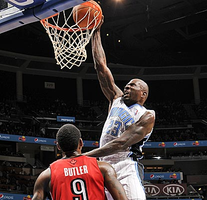 Jason Richardson and the Magic erase a 16-point fourth-quarter deficit to beat the Raptors. (Getty Images)